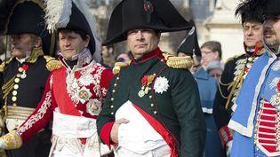 Frank Samson dans la peau de Napoléon, le 20 mars 2015 à Paris. (CHARLES PLATIAU / REUTERS)