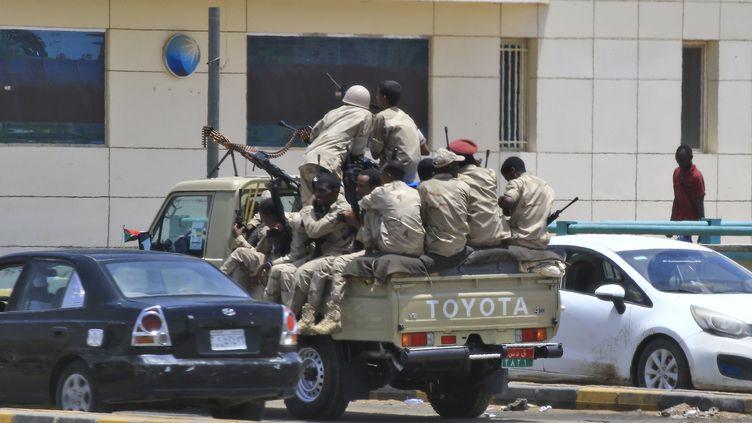 Patrouille de forces de sécurité à Khartoum (Soudan), le 6 juin 2019. (AFP)