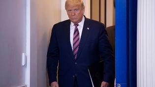 Donald Trump avant une conférence de presse à la Maison Blanche, à Washington (Etats-Unis), le 5 novembre 2020. (BRENDAN SMIALOWSKI / AFP)