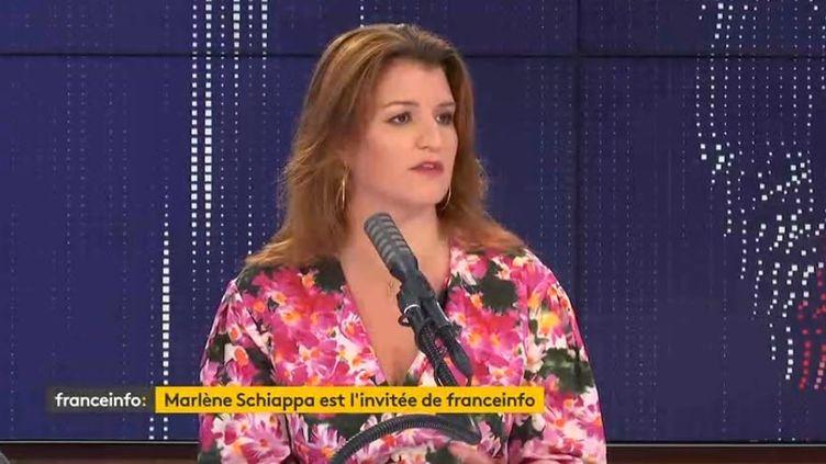 """Marlène Schiappa,secrétaire d'État chargée de l'égalité entre les femmes et les hommes et de la lutte contre les discriminations était l'invitée du """"8h30 franceinfo"""", jeudi 2 juillet 2020. (FRANCEINFO / RADIOFRANCE)"""