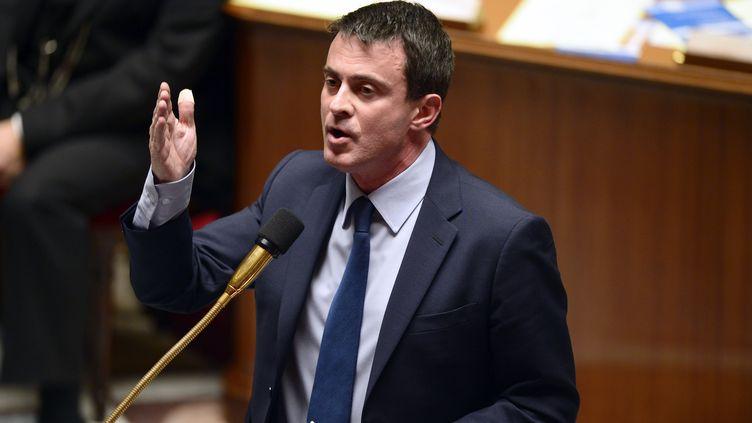Le ministre de l'Intérieur, Manuel Valls, le 20 novembre 2013 à Paris. (ERIC FEFERBERG / AFP)
