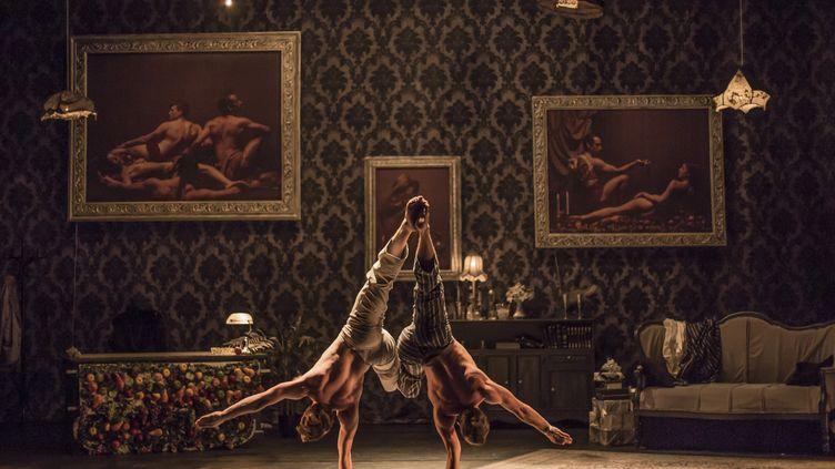 Le Cirque Le Roux sur scène au théâtre Bobino à Paris jusqu'au 7 janvier 2018. (Francesca Torrachi)