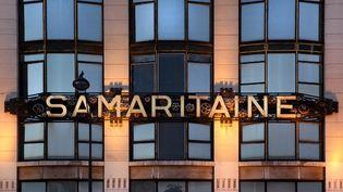 Fermée depuis 2005, le bâtiment art déco de la Samaritaine, à Paris, fait l'objet d'une rénovation majeure. (MANUEL COHEN / AFP)