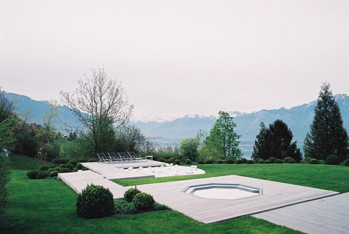 Extérieur réaménagé par l'architecte designer Eric Brun-Sanglard  (Eric Brun-Sanglard)