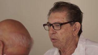 """Au Brésil, le gourou ultra populaire appelé """"Jean de Dieu"""" médite en prison depuis le 13 décembre. Il vient d'être inculpé pour quatre viols. (France 2)"""