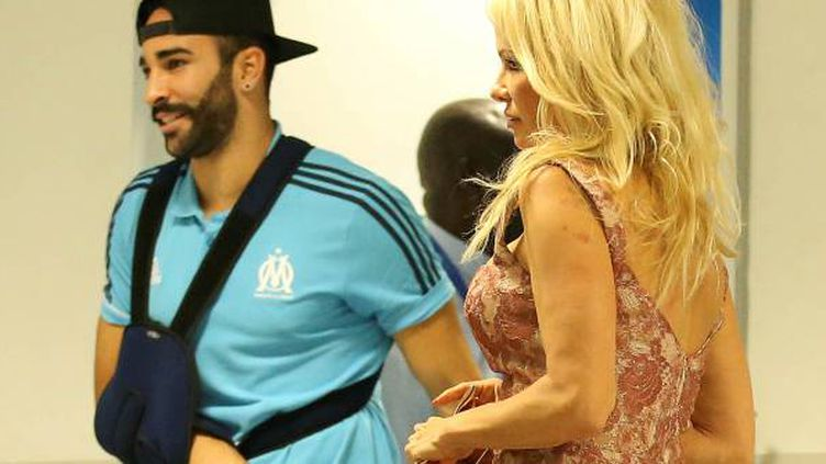 Pamela Anderson était au stade Vélodrome ce jeudi soir.