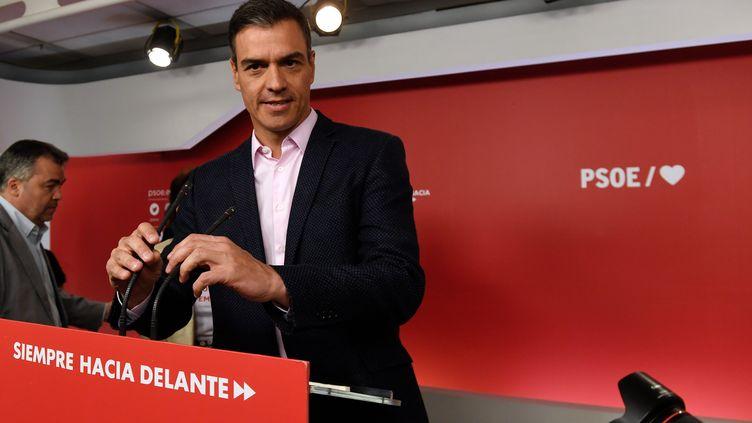Le Premier ministre espagnol socialiste Pedro Sanchez, au siège du PSOE, après l'annonce des résultats des élections européennes. À Madrid, le 26 mai 2019. (PIERRE-PHILIPPE MARCOU / AFP)