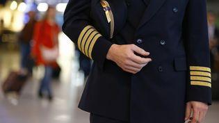 Malgré des visites médicales régulières, il est difficile d'appréhender l'état de santé psychique des pilotes de ligne. (KAI PFAFFENBACH / REUTERS)