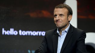 Emmanuel Macron, ancien ministre de l'Economie, assiste au sommet Hello Tomorrow, à Paris, le 14 octobre 2016. (ERIC PIERMONT / AFP)