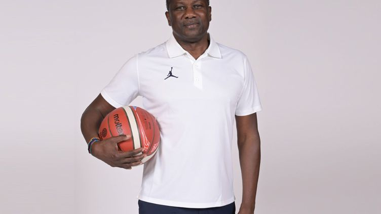 Jean-Aimé Toupane succède à Valérie Garnier à la tête de l'équipe de France féminine de basket. (FFBB)