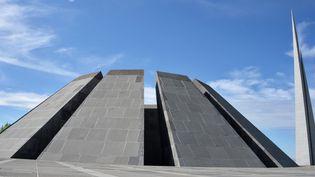 Le Mémorial du Génocide arménien, sur les hauteurs d'Erevan (31 mars 2018)  (Alexander Melnikov / Sputnik / AFP)