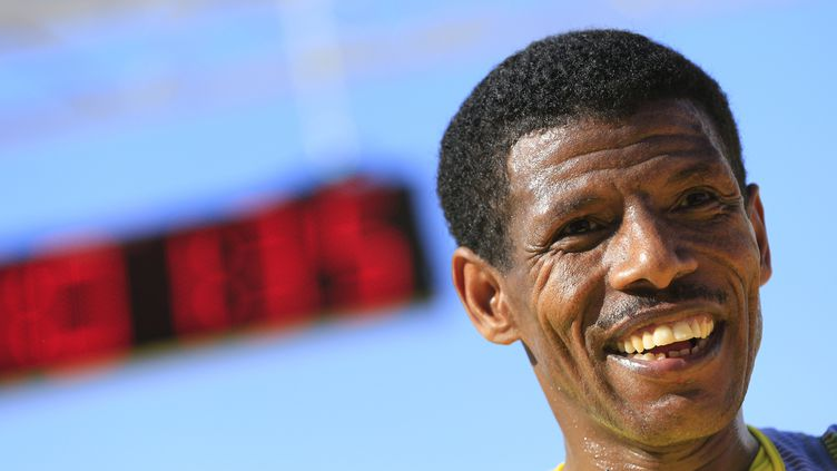 Haile Gebreselassie a détenu le record du monde à deux reprises (ALEXANDER KLEIN / AFP)