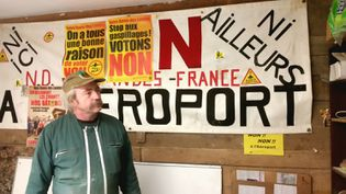 L'éleveur et opposant historique à l'aéroport de Notre-Dame-des-Landes, Sylvain Fresneau, le 18 janvier 2018. (RADIO FRANCE / BENJAMIN ILLY)