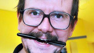Le dessinateur Luz (ici en 2011) va raconter ses 20 ans à Charlie Hebdo.  (Patrice Deschamps / La Nouvelle République / MaxPPP)