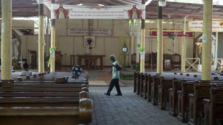 Une église catholique de Port-au-Prince, en Haïti, lors d'une journée de protestation pour demander la libération des captifs, le 21 avril 2021. (JOSEPH ODELYN / AP)