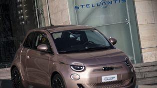 Véhicule Prima 500 Fiat (Stellantis) électrique. (MARCO BERTORELLO / AFP)