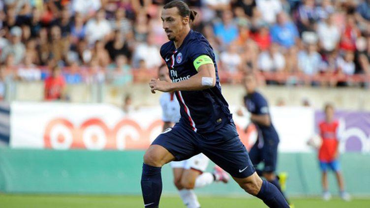 Le Suédois Zlatan Ibrahimovic avec le brassard de capitaine