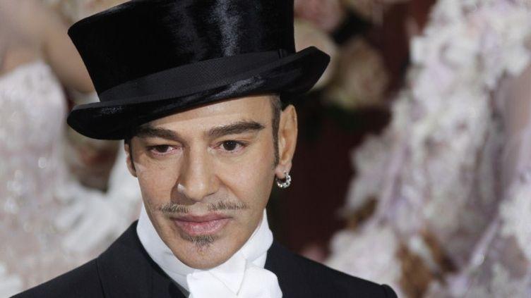 L'ancien directeur artistique de la maison Dior John Galliano, le 25 janvier 2010 à Paris? (FRANCOIS GUILLOT / AFP)