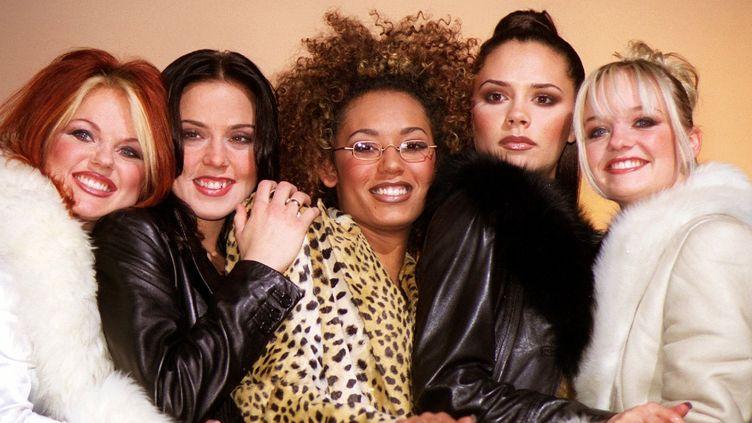 Les Spice Girls photographiées en décembre 1997. (ACHIM SCHEIDEMANN / DPA / AFP)