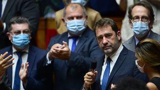Christophe castaner et des députés EnMarche à l'Assemblée nationale, en septembre 2020. (MARTIN BUREAU / AFP)