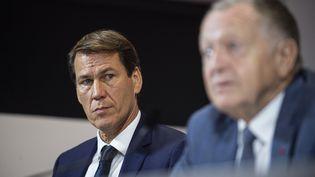 Rudi Garcia à côté de Jean-Michel Aulas, le 15 octobre. (ROMAIN LAFABREGUE / AFP)
