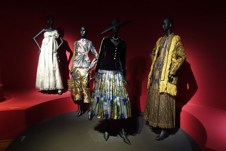 ExpositionLuxesau Mad: modèles Christian Dior, 1947 (CORINNE JEAMMET)