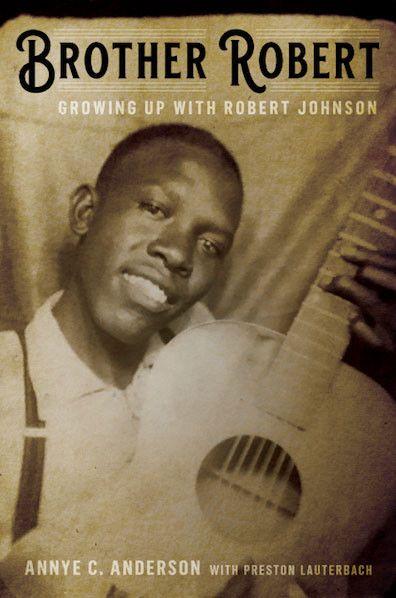 """La photo rare de Robert Johnson dévoilée par Annye C. Anderson, sur la couverture de l'édition américaine de son ouvrage """"Mon frère Robert Johnson"""". (HACHETTE GROUP)"""