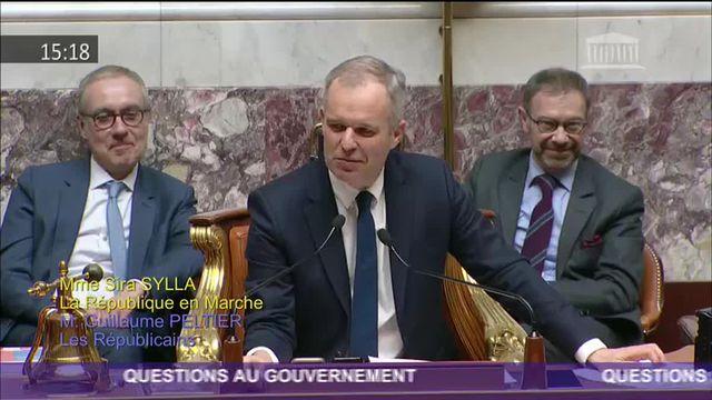 """Bruno Le Maire cite """"Christophe Colomb"""" en voulant parler de Gérard Collomb"""