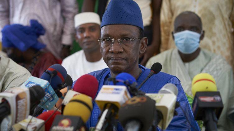 ChoguelKokalla Maïga lors d'une conférence de presse à Bamako, au Mali, le 28 mai 2021. (MICHELE CATTANI / AFP)