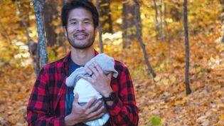 Shu Matsuo Post et son petit garçon. (CAPTURE D'ECRAN INSTAGRAM)