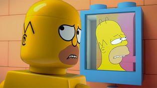 "Homer Simpson dans l'épisode Lego ""Brick Like Me"".  (Fox)"