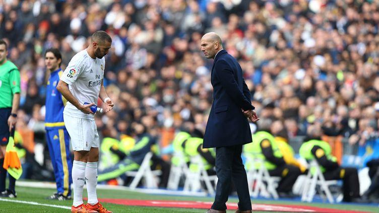 Karim Benzema et Zinédine Zidane. (MANUEL BLONDEAU / AOP PRESS)