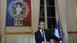 Emmanuel Macron donne la première interview télévisée de son quinquennat, le 15 octobre 2017 à l'Elysée. (PHILIPPE WOJAZER / AFP)