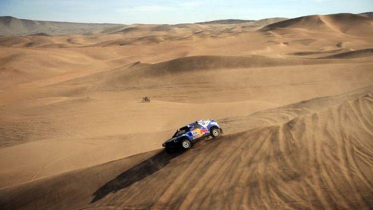 La fameuse dune d'Iquique qui conduit au Pacifique (GABRIEL BOUYS / AFP)