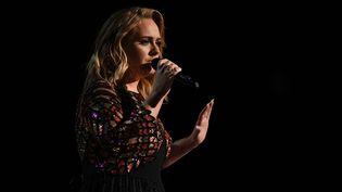La chanteuse Adele le 12 février 2017 lors de la soirée de Grammy Awards  (VALERIE MACON / AFP)