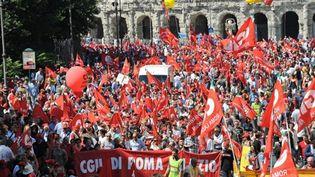 Manifestations contre le plan d'austérité du gouvernement, au centre de Rome, le 25 juin 2010. (AFP - Andreas Solaro)