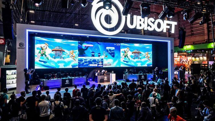 Le stand de l'éditeur de jeux vidéos Ubisoft lors de la Paris Game Week, le 1er novembre 2019. (DANIEL PIER / NURPHOTO / AFP)