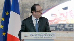 Capture d'écran de François Hollande lors de son discours àVillognon, en Charente, le 28 février 2017 (FRANCE TELEVISIONS)