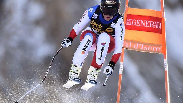 Lara Gut lors de la descente du super-combiné de Val d'Isère (PHILIPPE DESMAZES / AFP)