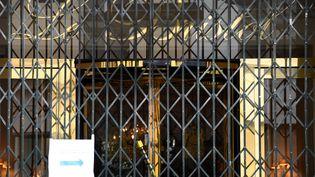 L'hôtel de luxe Le Bristol, à Paris, n'envisage de rouvrir qu'au 1er septembre 2020. (FRANCK FIFE / AFP)