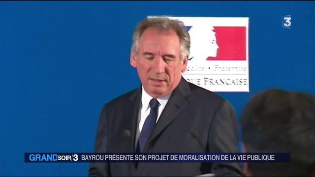 François Bayrou présente son projet de moralisation de la vie publique
