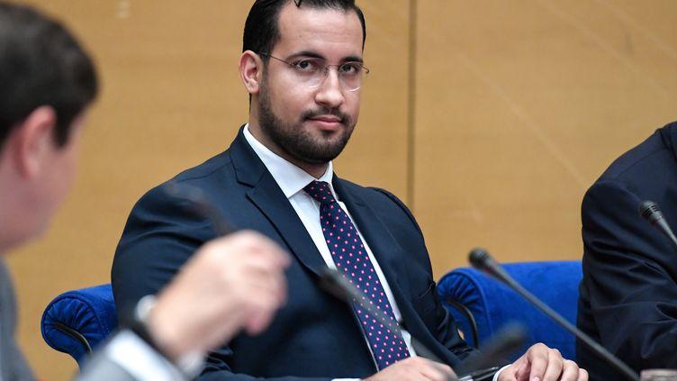 Alexandre Benalla sera de nouveau entendu par les parlementaires. (BERTRAND GUAY / AFP)