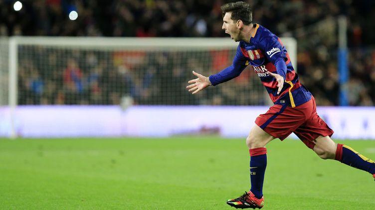 Leo Messi a inscrit un doublé, dont un superbe coup-franc direct (PAU BARRENA / AFP)