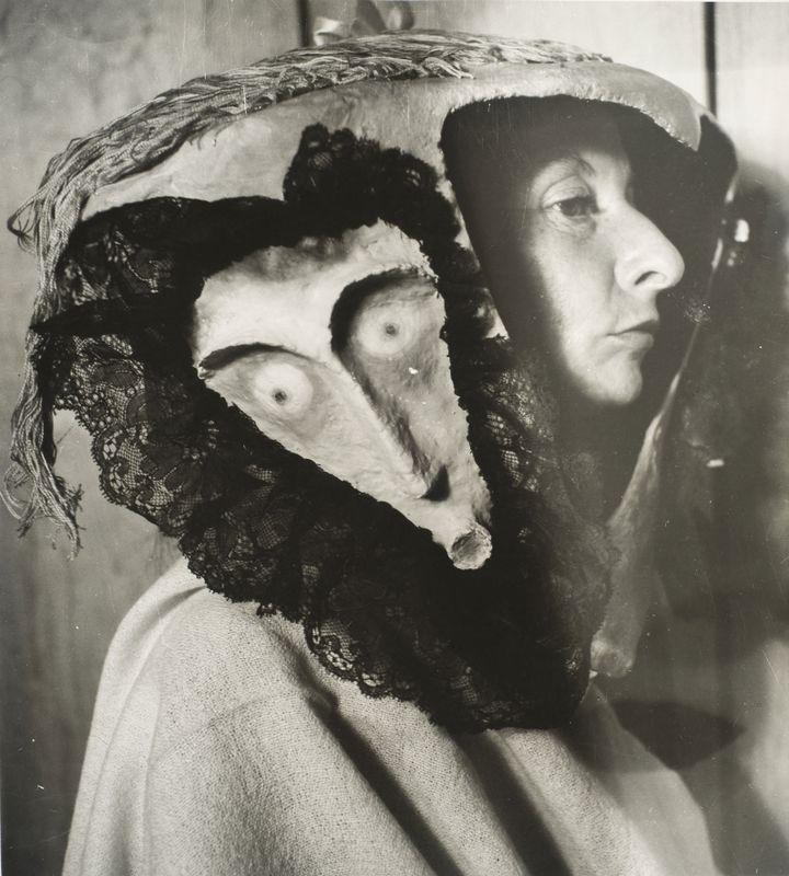Kati Horna, Remedios Varo, 1957, Collection particulière  (2005 Ana María Norah Horna y Fernández)