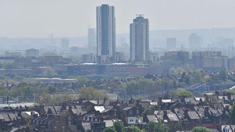 (Alerte à la pollution à Londres, 6 mai 2016 © Matthew Chattle/Shutter/SIPA)