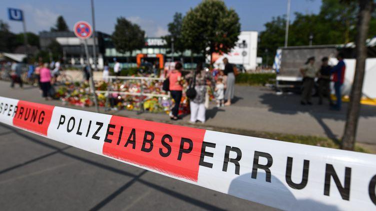 A Munich (Allemagne), sur les lieux de la fusillade, le 26 juillet 2016. (MAXPPP)