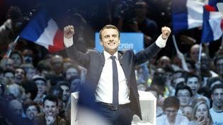Le candidat d'en Marche!, Emmanuel Macron, lors de son meeting à Paris-Bercy, le 17 avril 2017. (GEOFFROY VAN DER HASSELT / AFP)