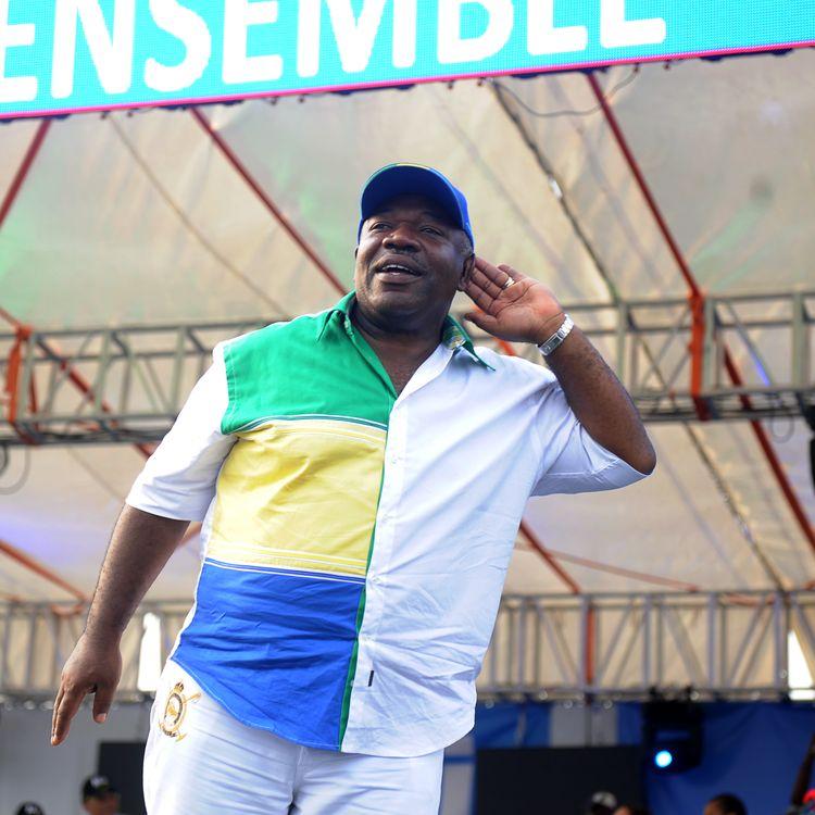 Ali Bongo Ondimba lors de son dernier meeting de campagne au stade Nzang-Ayong de Libreville (Gabon), le 26 août 2016. (STEVE JORDAN / AFP)