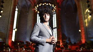 Simon Graichy, la rockstar qui rajeunit le festival de La Chaise-Dieu  (ROMAIN LAFABREGUE / AFP)