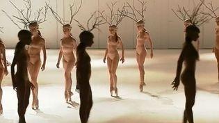 """""""Play"""", du metteur en scène suédois Alexander Ekman, qui sera produit à l'Opéra Garnier, à Paris. (FRANCE 3)"""